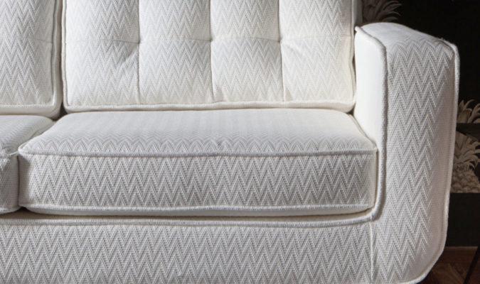 sofa con tapiceria gancedo