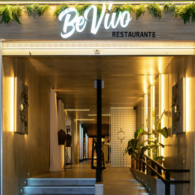 Entrada del restaurante Be Vivo, nuestro proyecto de interiorismo en Madrid