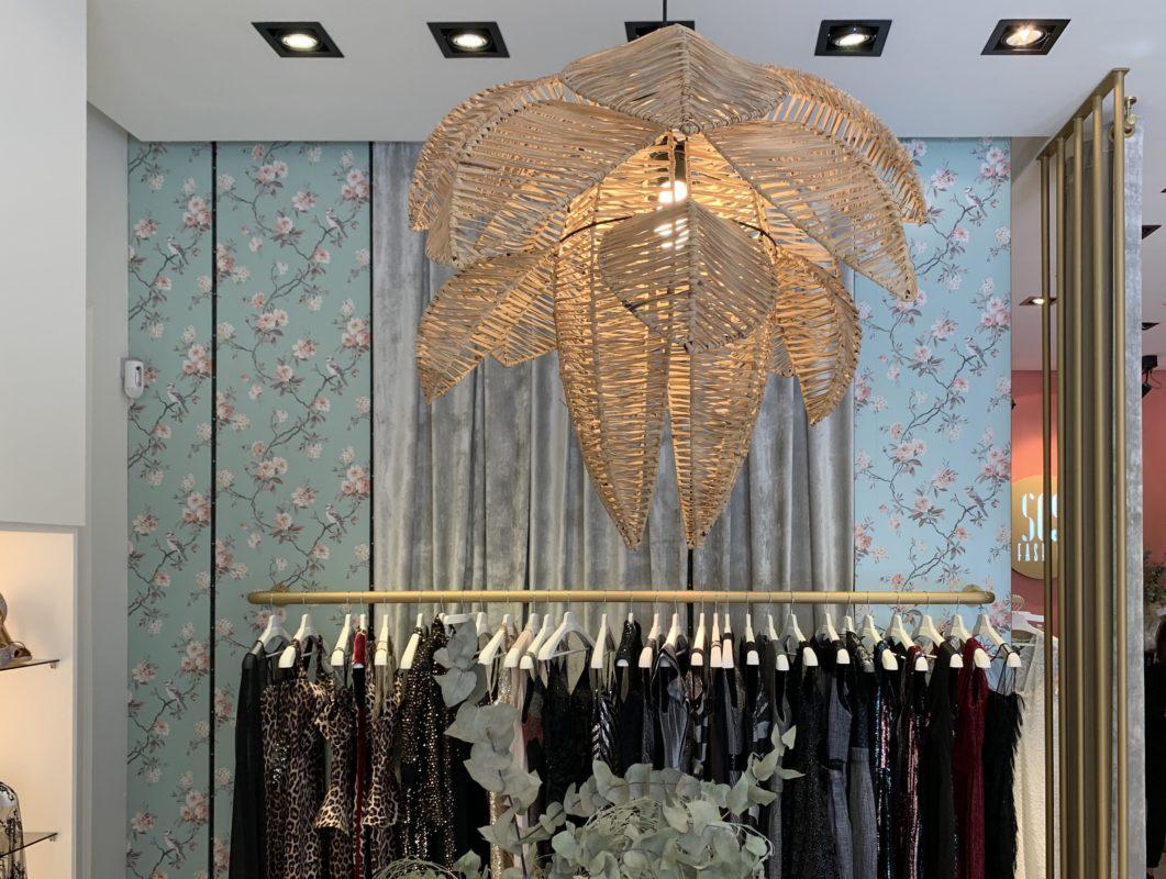 lampara de la tienda sesfashion, proyecto de interiorismo creado por estudiodaes