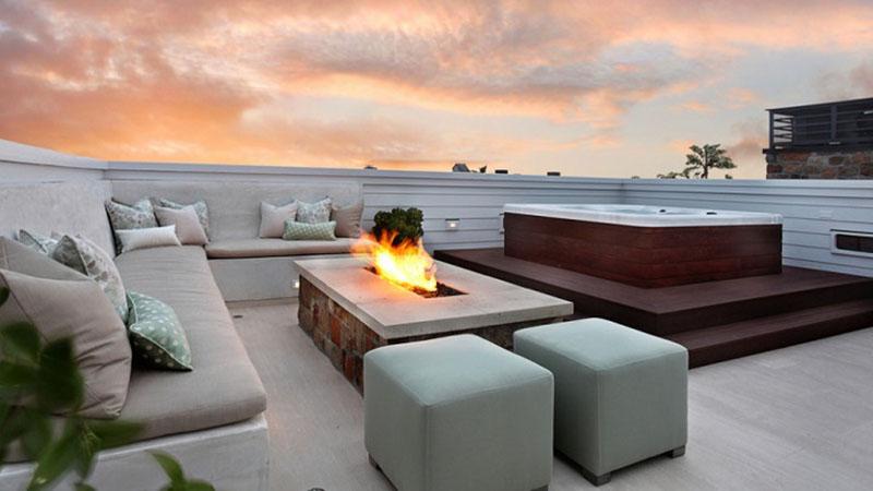 Sofas exteriores grises en terraza