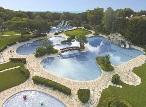 campings de lujo con piscina