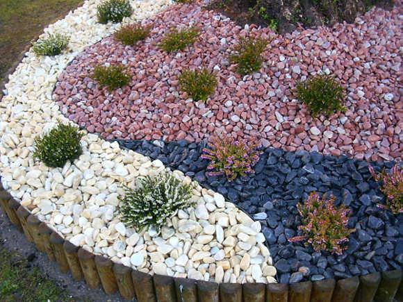 piedras de colores decoracion jardin