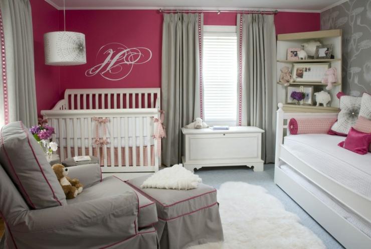 diseñar habitación de bebe con sofa, cuna y cama