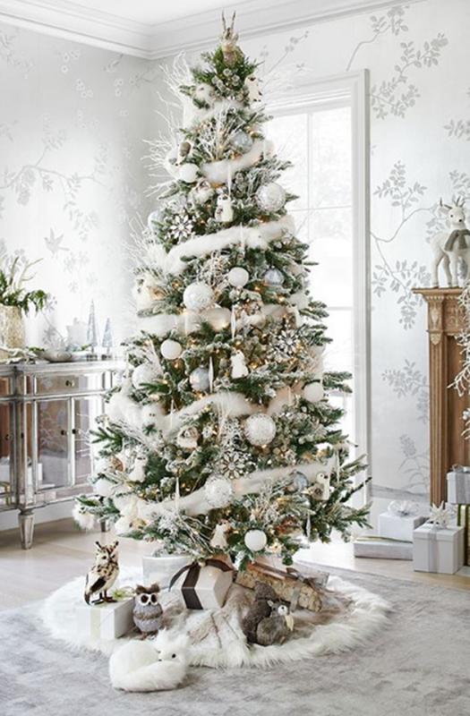 Decoración de Navidad con colores blancos