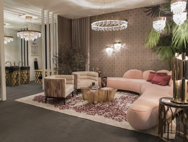 Salon con sofas en rosa y alfombra feria maison et objet interioristas