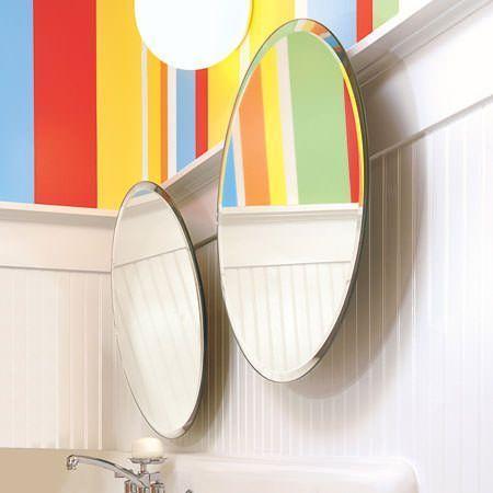 Espejos de cuarto de baño con paredes de colores