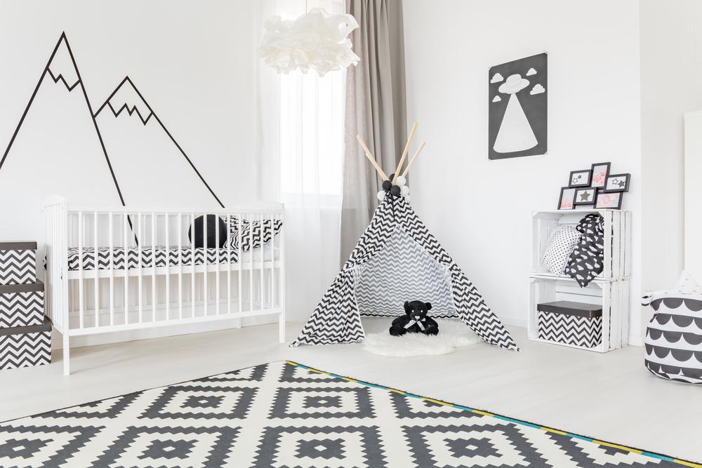 Habitacion infantil con tienda de camapaña