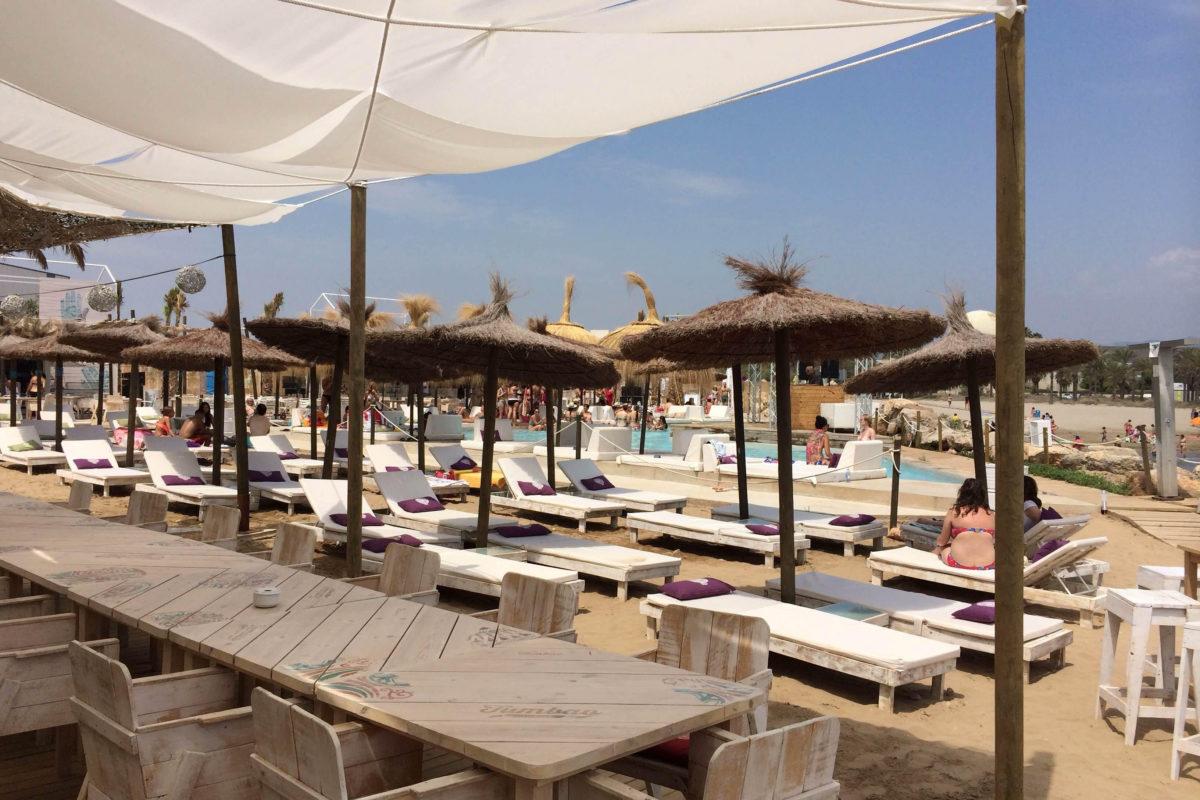 hamacas nudo beach castellon
