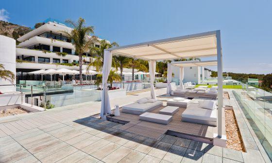 piscina hotel shaw ellness clinic