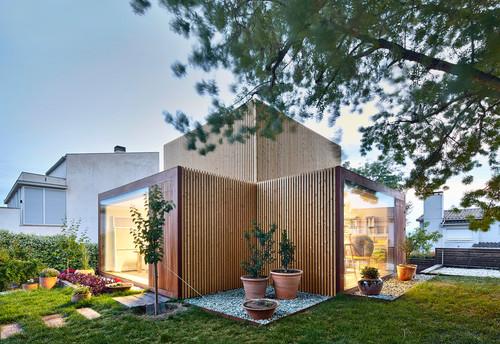 chalet de diseño con jardin