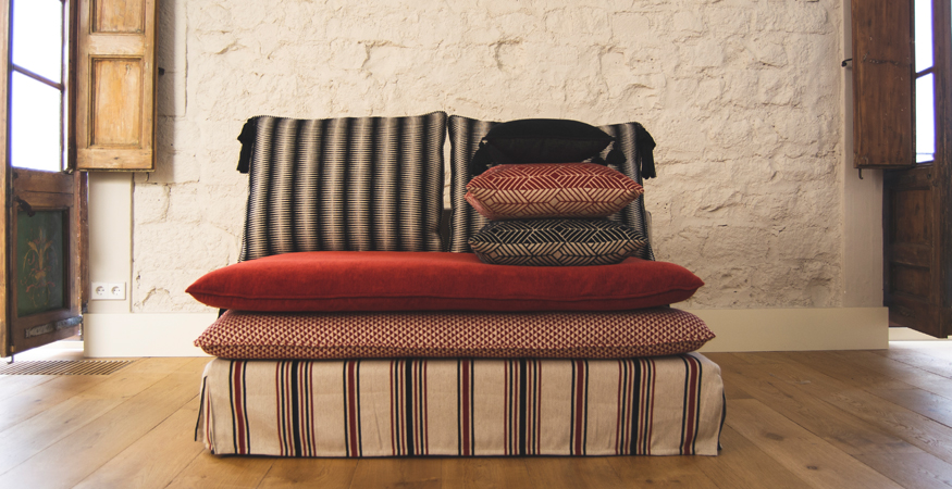 sofa co cojines gancedo
