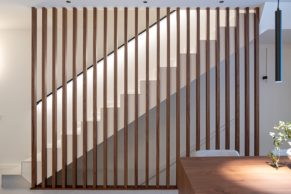 escalera listones de madera